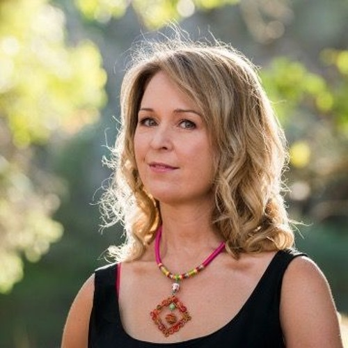 Sue Summers's avatar