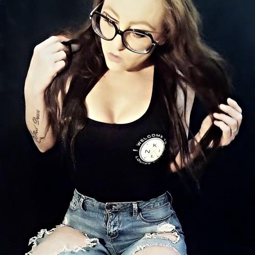 Nki Louise's avatar
