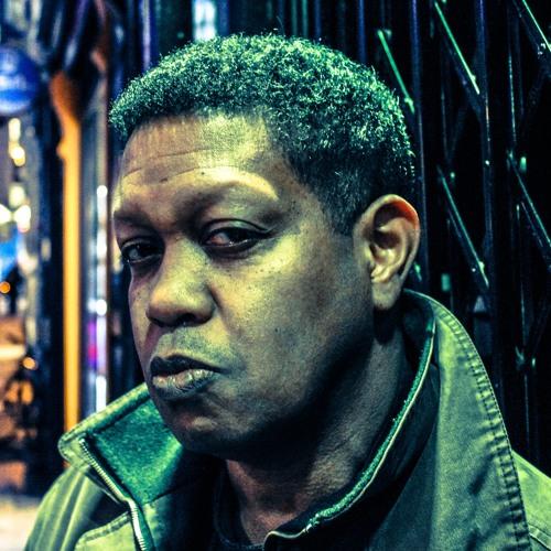 Brew Mbirika's avatar