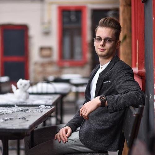Fabian Gyula's avatar