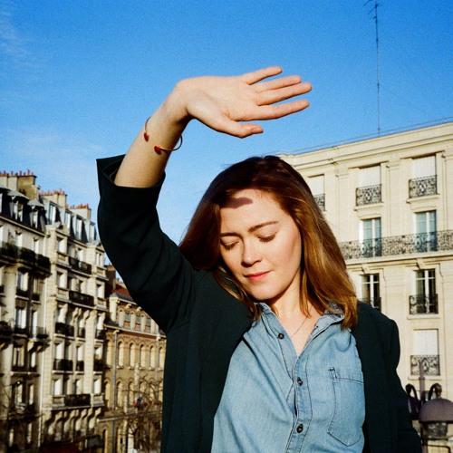 Julia  Drouot's avatar