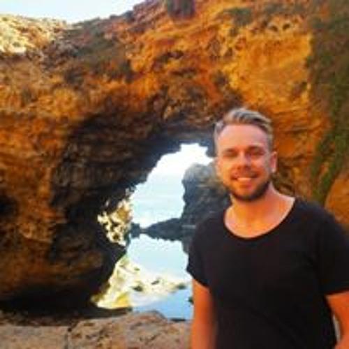Kristofer m's avatar