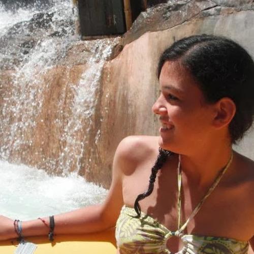 Lucia Villarreal's avatar