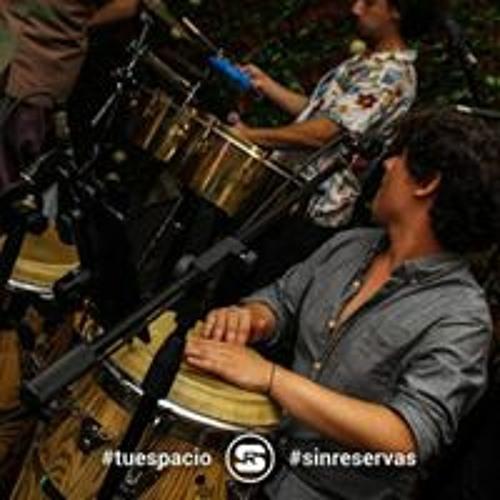 Arturo Álvarez's avatar