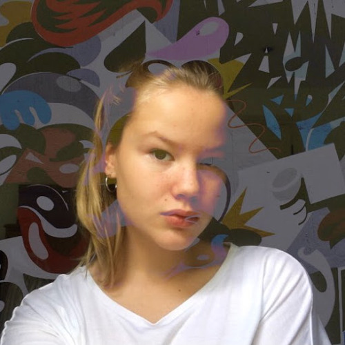 Lucy B's avatar