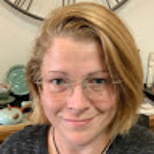 Trish Dollisson's avatar