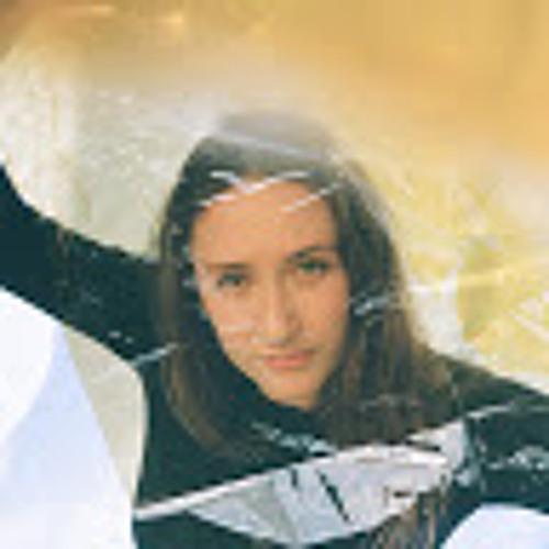 Lucy Francesca Dron's avatar