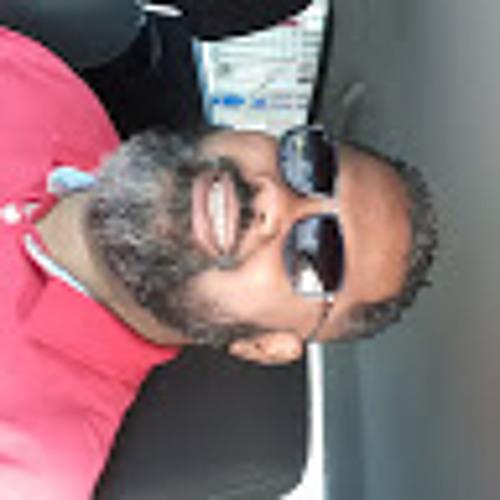 Luis Mancil's avatar