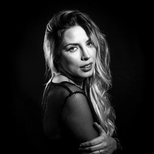 Natalieriveraofficial's avatar