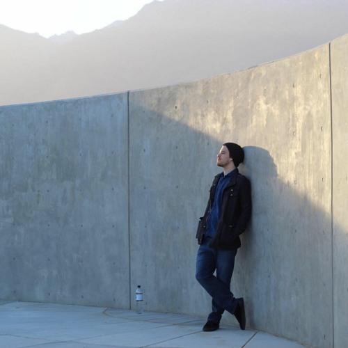 Dominic Bennett's avatar