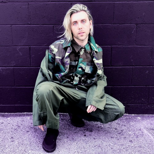 M.BRONX's avatar