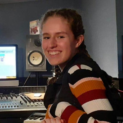 Bethany Dark's avatar