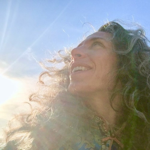 Bethany Yarrow's avatar