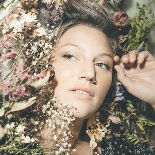 Brea Robertson's avatar