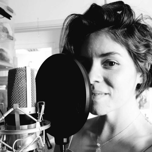 Daniela Rocha - Locutora Publicitária's avatar