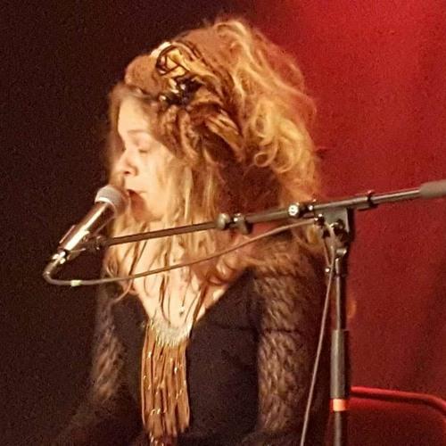 Amanda Morena's avatar