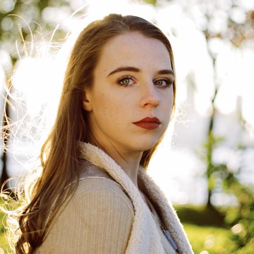 Sarah Bishop's avatar
