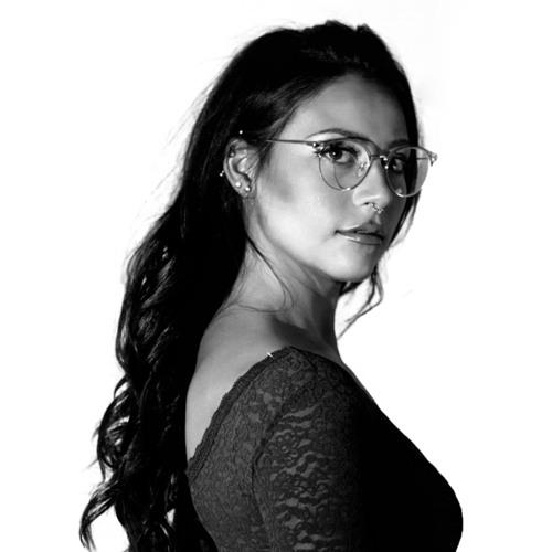 Yvanna Lucca's avatar