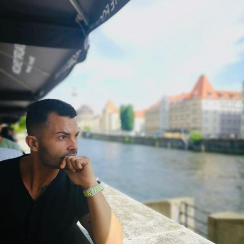 Abel Sanz Perez's avatar