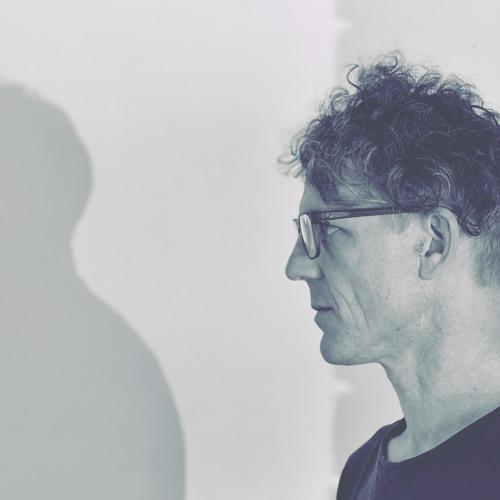 Simon Mann's avatar