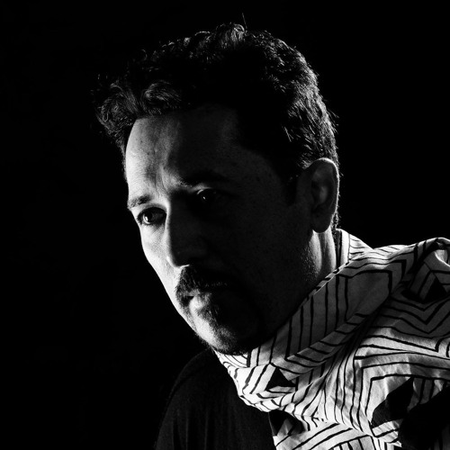DJ Vivona's avatar