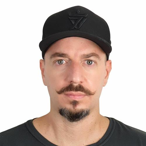 Leo Casagrande's avatar