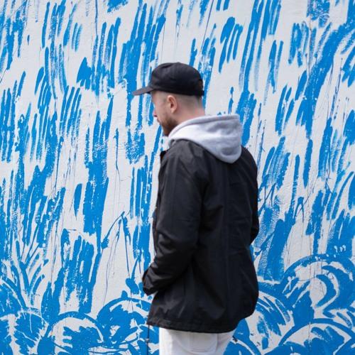 blind poses's avatar