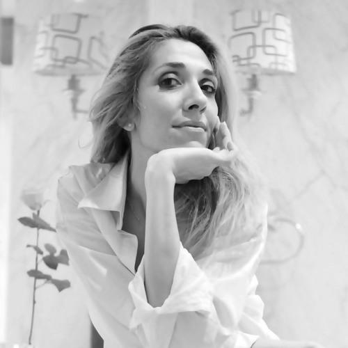 Elena Arsenoglou's avatar