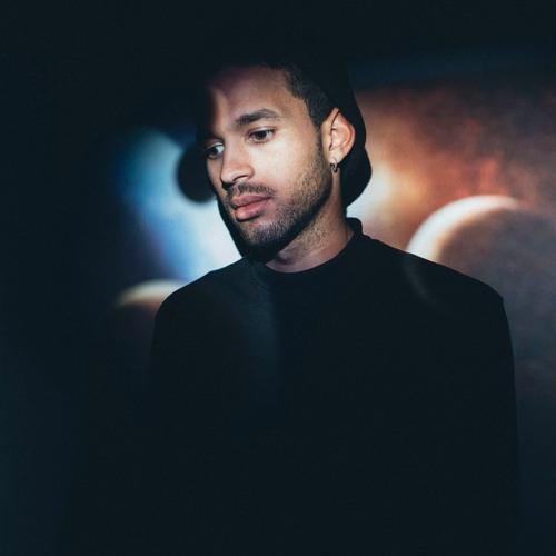 Reezo Hassan's avatar