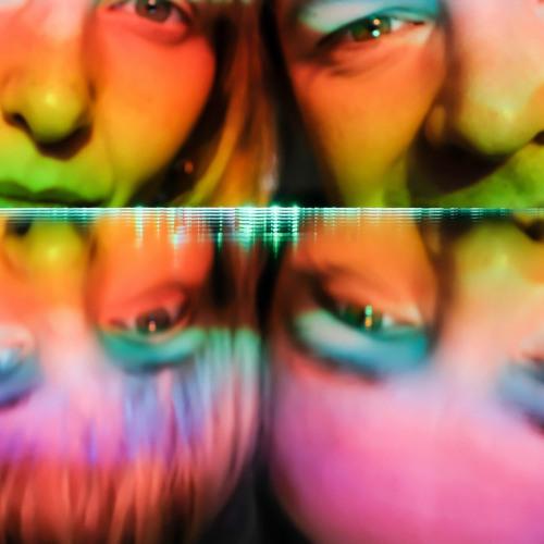 Caitlind & Wayne's avatar