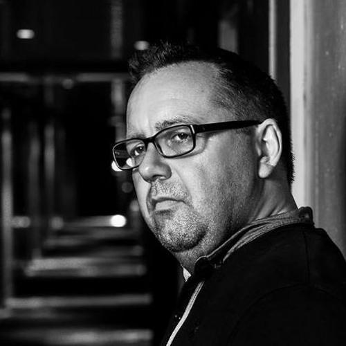 DJ P.MOORE's avatar