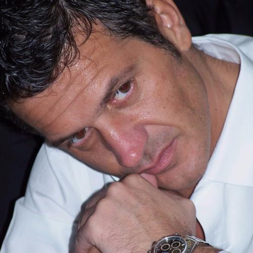 Marco Corona's avatar