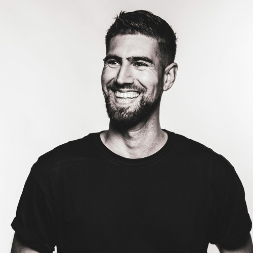 Luca Ruiz's avatar