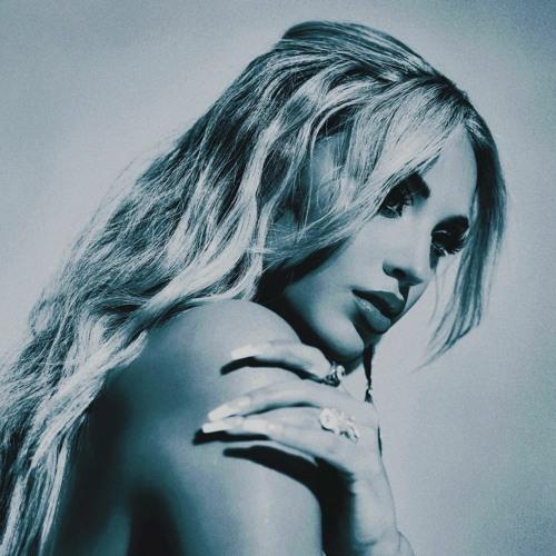 Alina Baraz's avatar