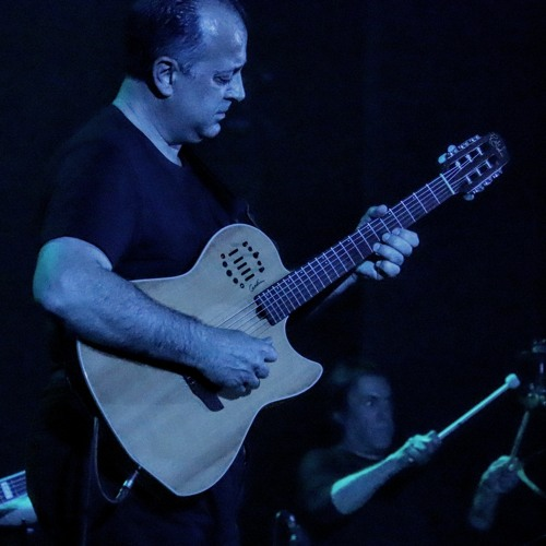 Roberto Tola's avatar