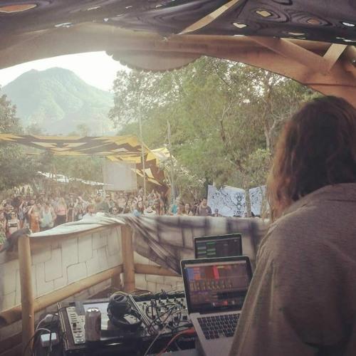 Dirty Hippy (Zenon Records)'s avatar