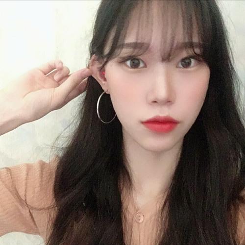 Hyen's avatar