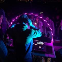 DJ FLOR33S