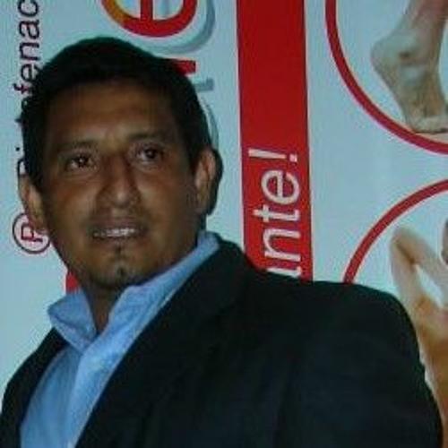 Luis Salinas's avatar