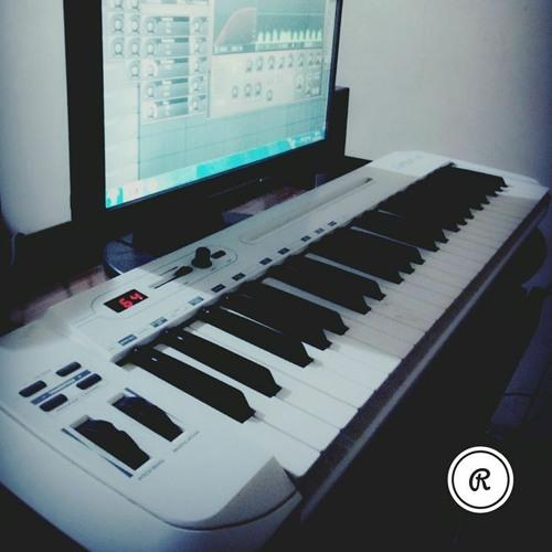 ModyMusicProducer's avatar