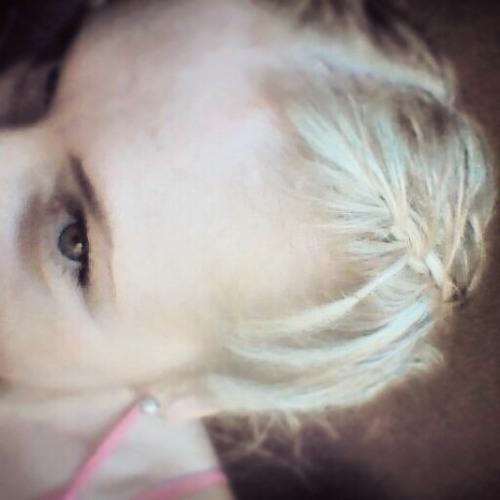 Lilian05's avatar