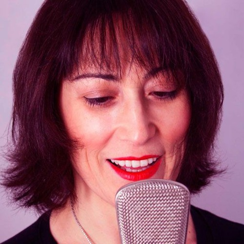 Female Spanish VoiceOver Talent