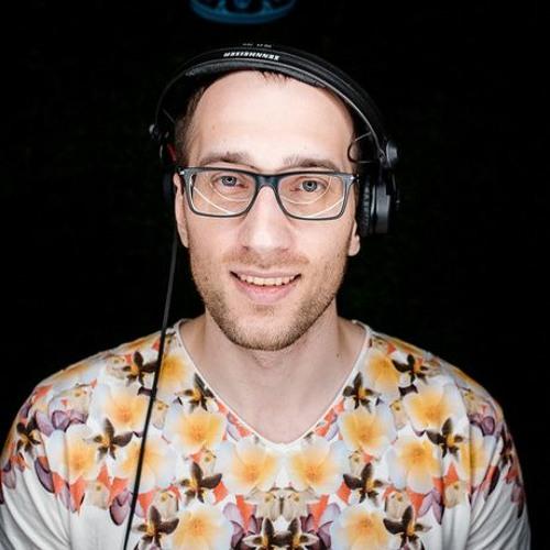 Dj Zing's avatar