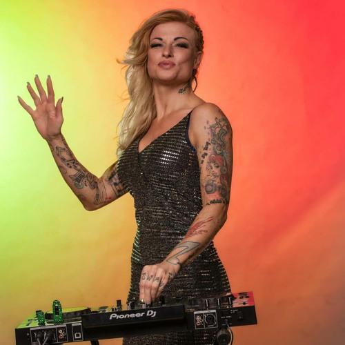 DJ Mary Swan's avatar