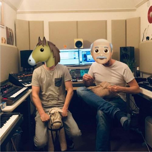Horse & Knitter's avatar