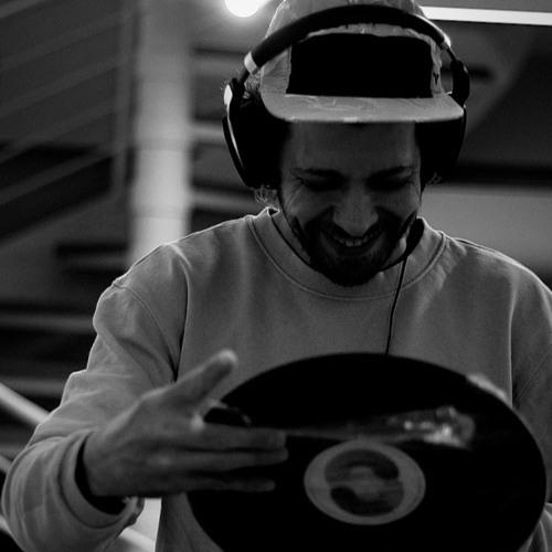 DJ Hp76's avatar
