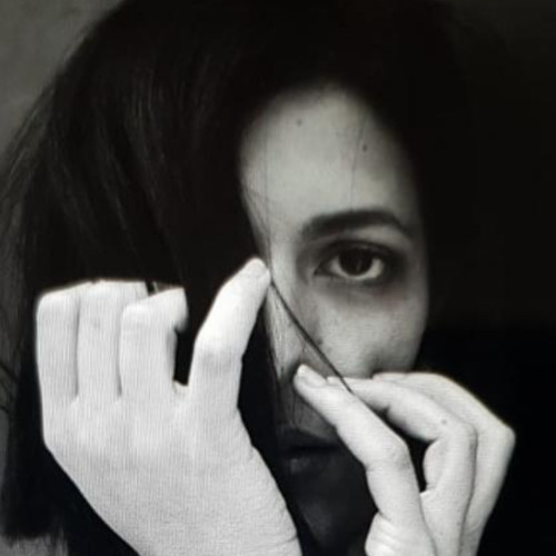 M A Y B E's avatar