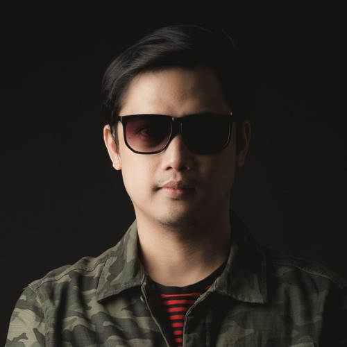 JENIL's avatar