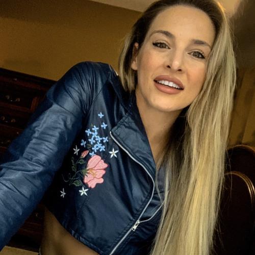 Briana Calhoun's avatar