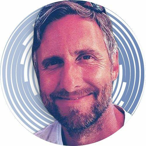 Russell Thomas Music's avatar